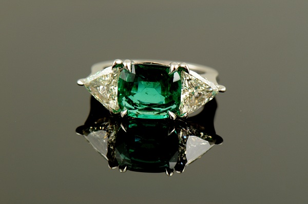 Emerald & Trillion Cut Diamonds Ring-0