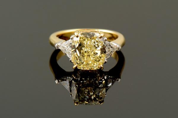 Yellow Diamond with Trillion Cut Diamonds-0